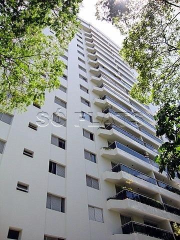 flat 02 dorms, prox a av sto amaro  (11) 97119-0488 whatsapp