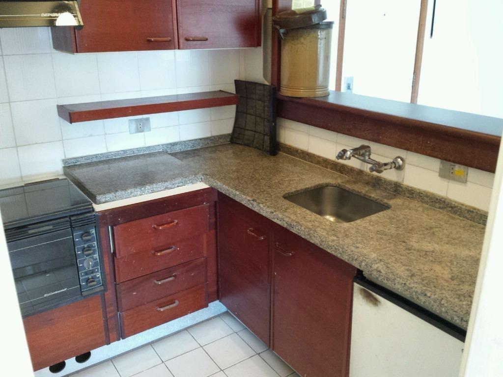 flat com 1 dormitório à venda, 52 m² por r$ 240.000 - fl0006