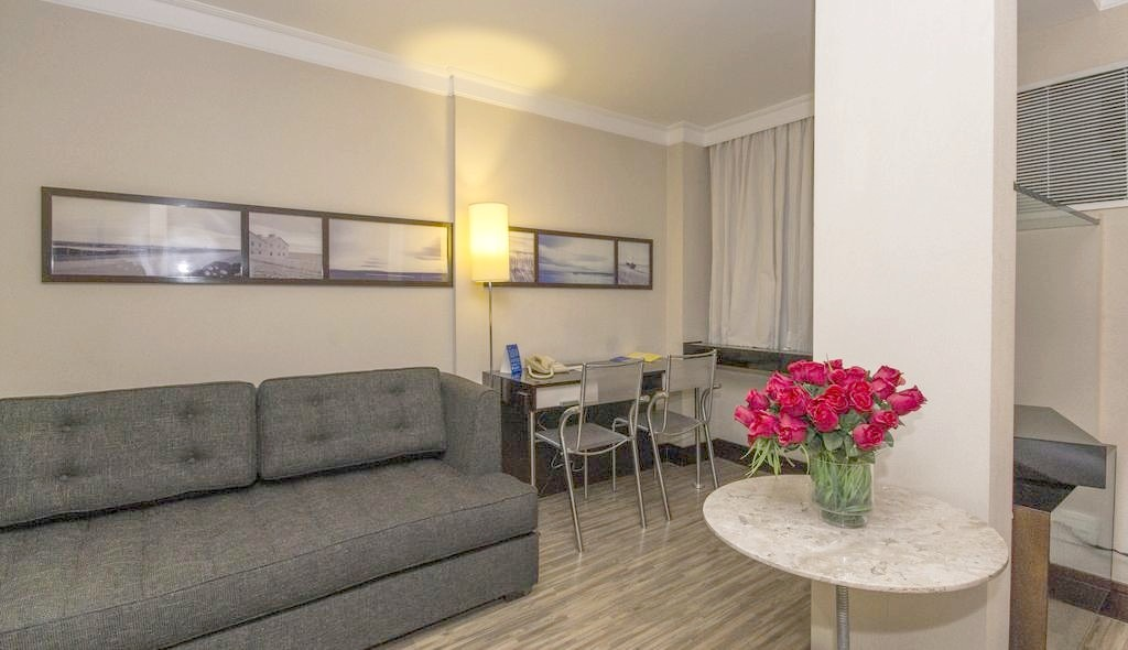flat na alameda santos próx a paulista 11) 97119-0488 whats