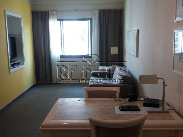 flat royal vitoria place para locação no itaim bibi - ref429