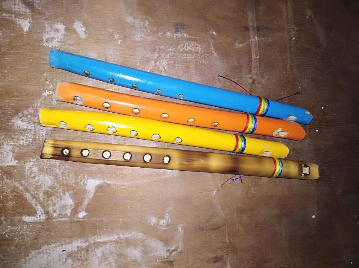 Flautas Tipico Coloresjuguete De Varios Madera w8nOk0P