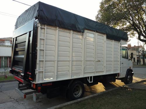 fletes zona oeste camión con pala hidr  viajes al int.  mud.