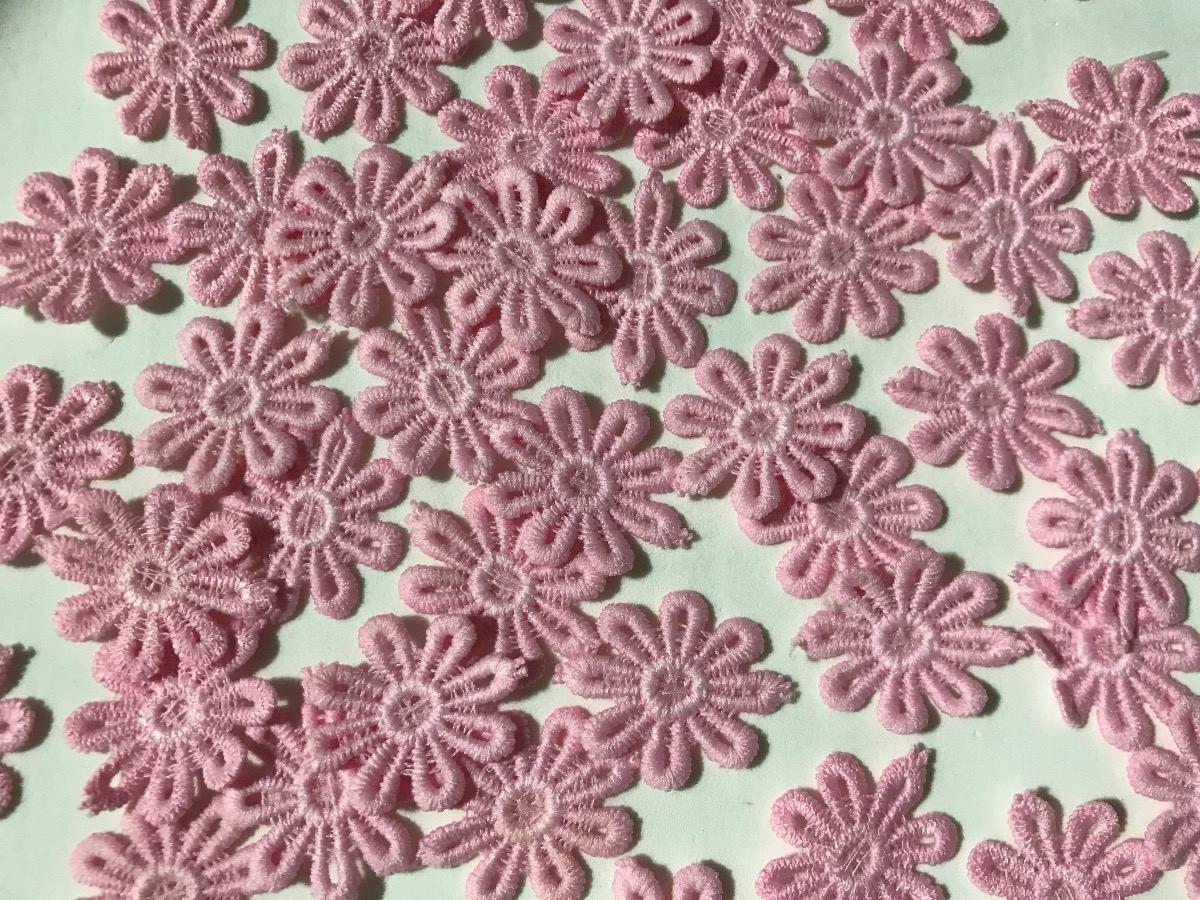 7b3b69c64c flor de tecido algodão renda guipir 3cm 120 unidades. Carregando zoom.
