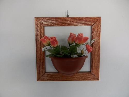 floreira moldurada de 33 x 33 x 12 cm