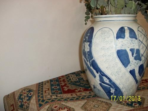 florero azul chino