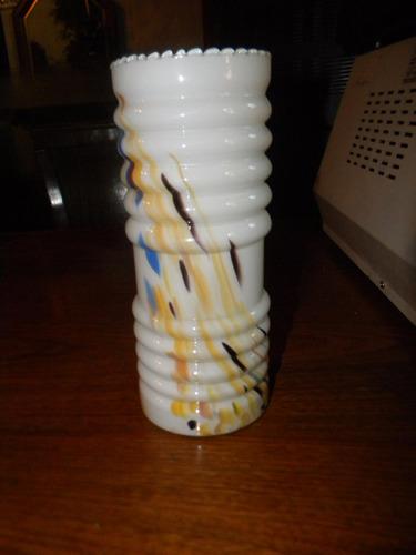 florero cristal blanco con vetas marrones amarillos azul$650