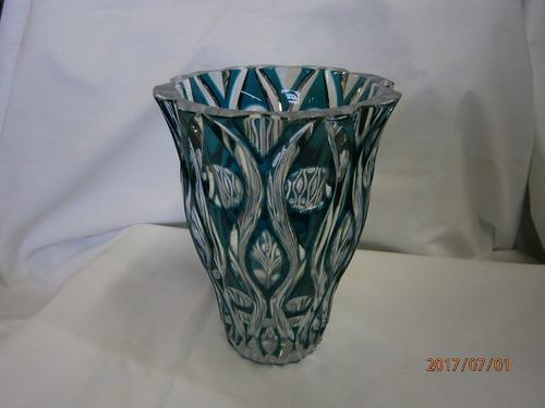 florero cristal bohemia azul blanco