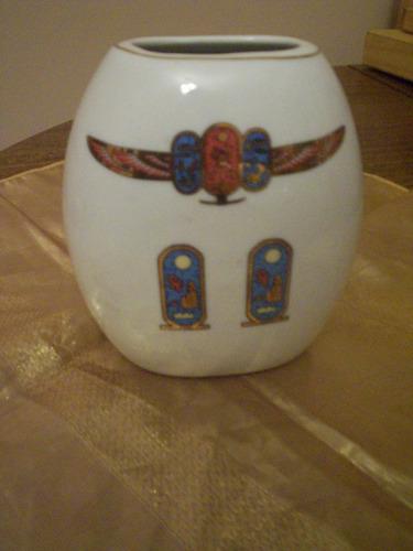 florero de fina porcelana royal
