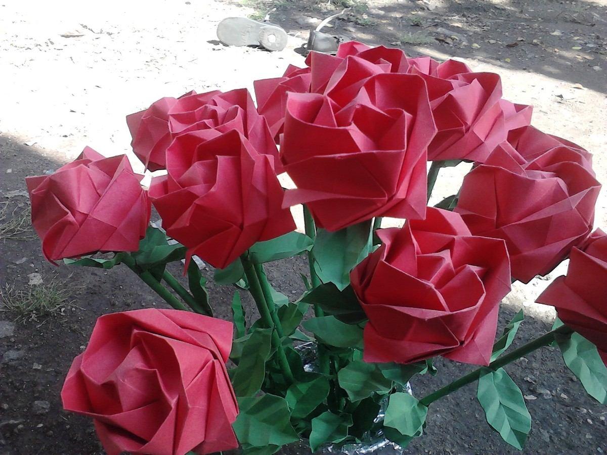 Florero de rosas de papel exelente regalo en for Rosas de papel