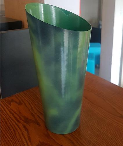 florero minimalista  color verde