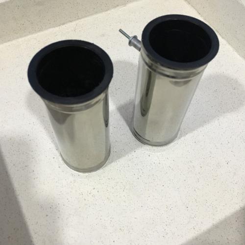 florero tubo para cementerio en acero inox. con recipiente.