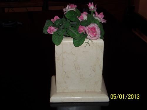 floreros  funerarios  en marmoles y granitos
