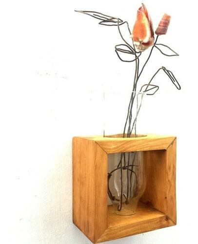 floreros vintage. florero de botellas. rosas decorativas