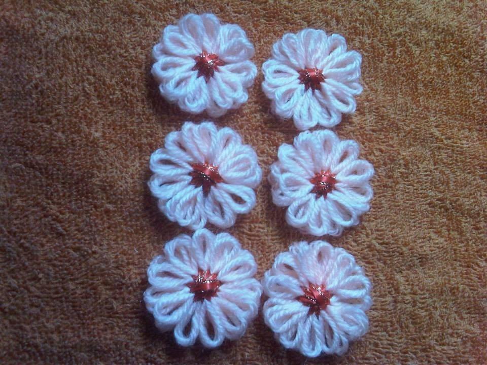 Flores de lana en telar para apliques y manualidades bs - Manualidades en lana ...