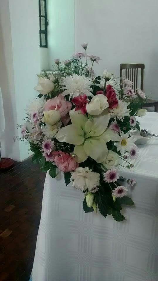 Flores Naturales Altares Para Casamiento Iglesia Rosas