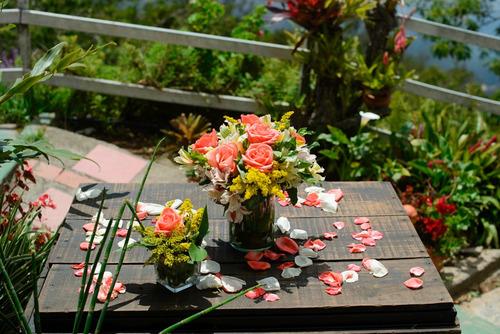 floristería decoraciones eventos arreglos florales regalos