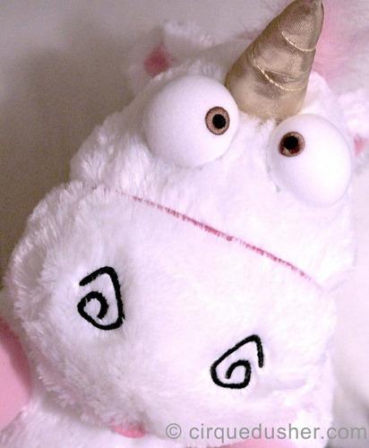 fluffy unicornio esponjoso mi villano favorito luz y sonido
