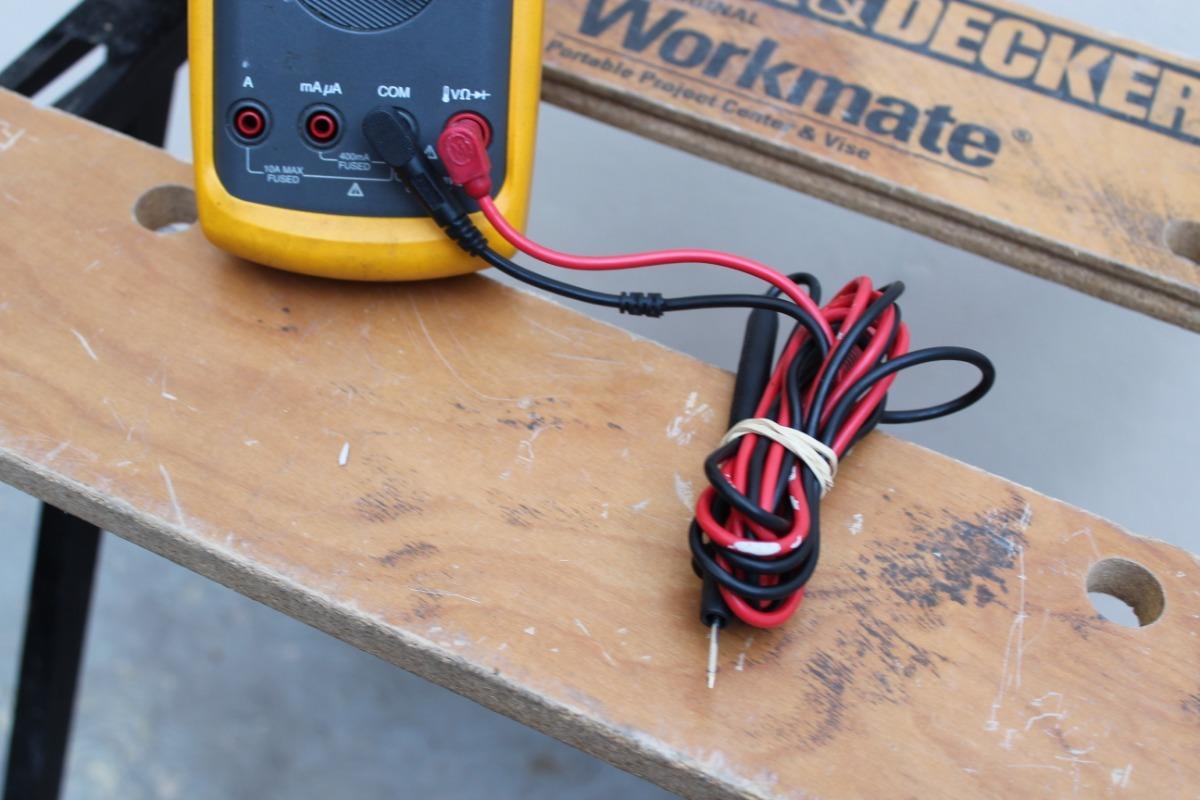 Fluke 87 Multímetro Digital Con Medidas De Temperatura - $ 2,799 00