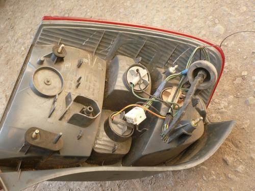 foco 323 modelo f stw 2000 trs der c/daños - lea descripción