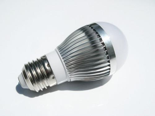 foco ahorrador con tecnologia l e d, 5 watts, 12  v d c