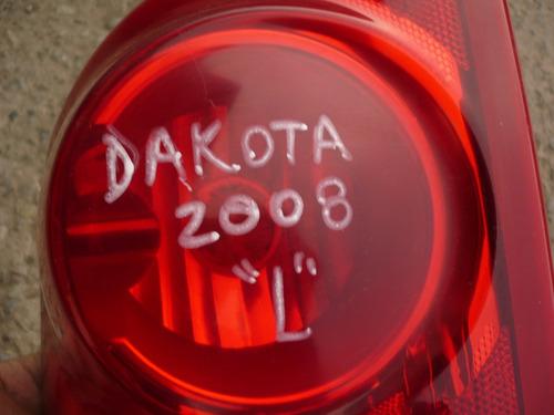 foco dakota 2008  trs izq  quebrado - lea descripción