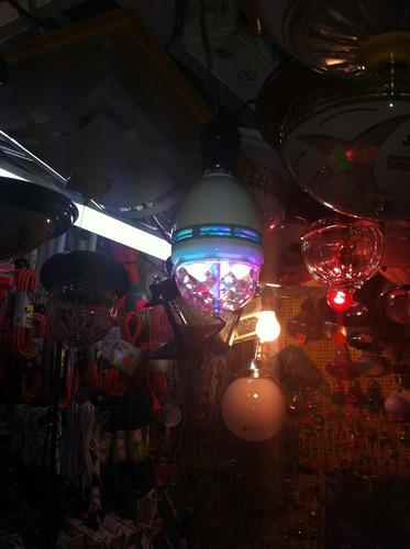 foco giratorio de led tipo disco, antro, de colores 3 watts