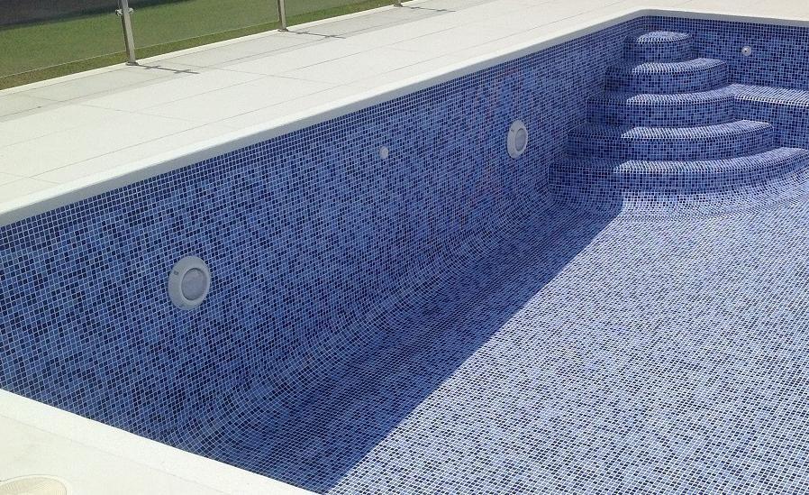 Foco led sumergible sobrepuesto piscina 9w 12v envio for Foco piscina