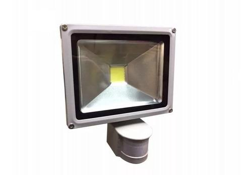 foco reflector led de 30w con sensor de movimiento -luz fría