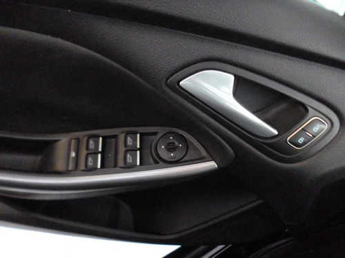 focus 2.0 aut flex 2016 preto