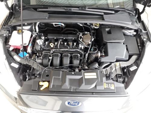 focus 2.0 sedan titanium automático flex
