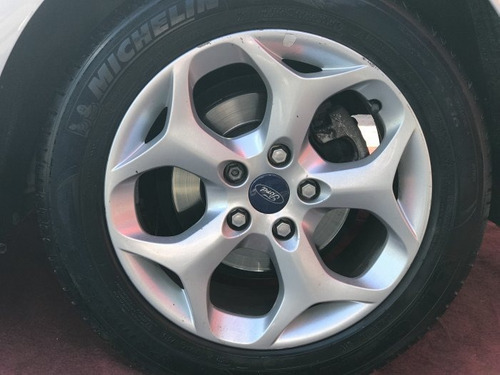 focus 2.0 titanium plus hatch 16v flex 4p auto
