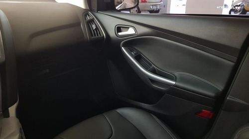 focus 2.0 titanium sedan 16v flex 4p automático