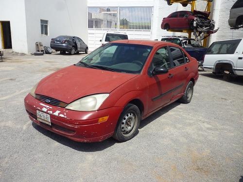 focus 2003,accidentado,motor 2.0,automatico