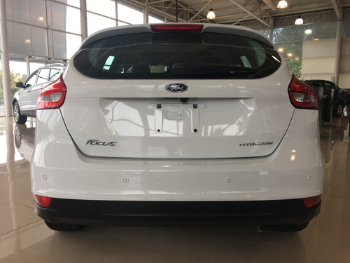 focus 5 puertas 2.0 titanium automatico blanco #29