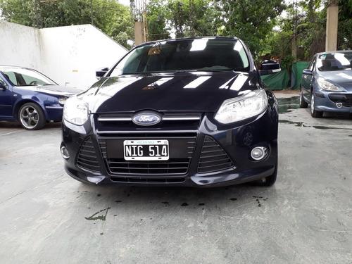 focus automatico 2.0 sedan se plus at6 2013