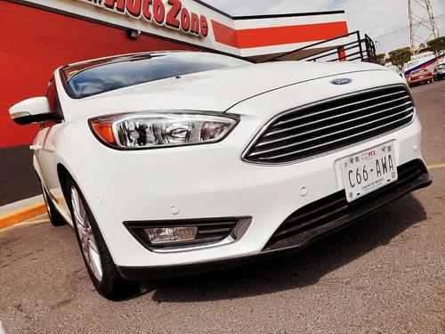 focus autos ford