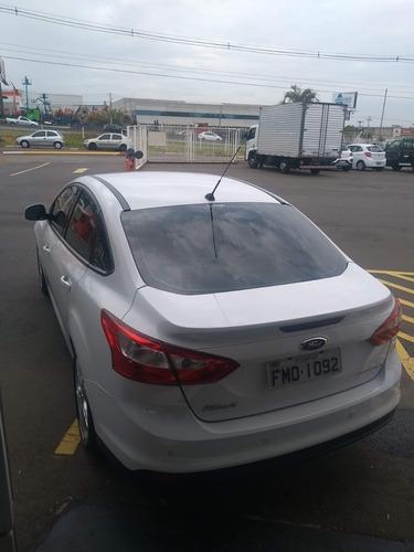 focus sedan 2.0 se 4 portas