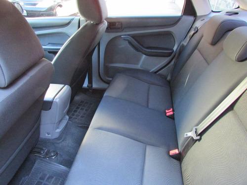 focus sedan 2.0, único dono, 68 mil km