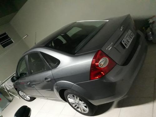 focus sedan completo primeiro dono