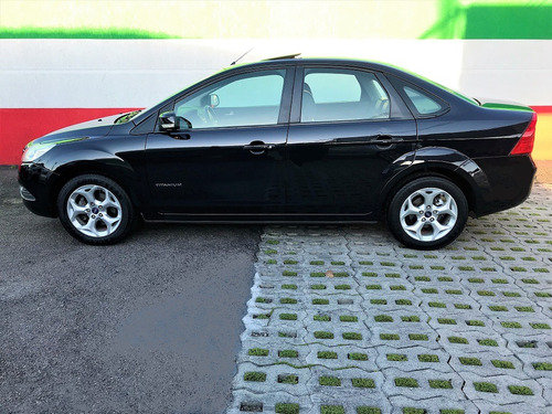 focus sedan titanium 2.0 flex aut.top de linha!