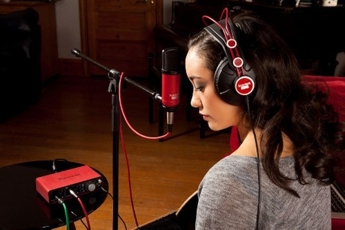 focusrite scarlett studio set grabacion 2i2 audio usb kit