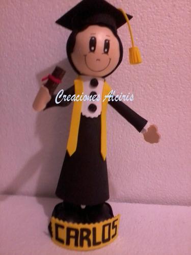 fofucha muñeca de foami graduacion recuerdo