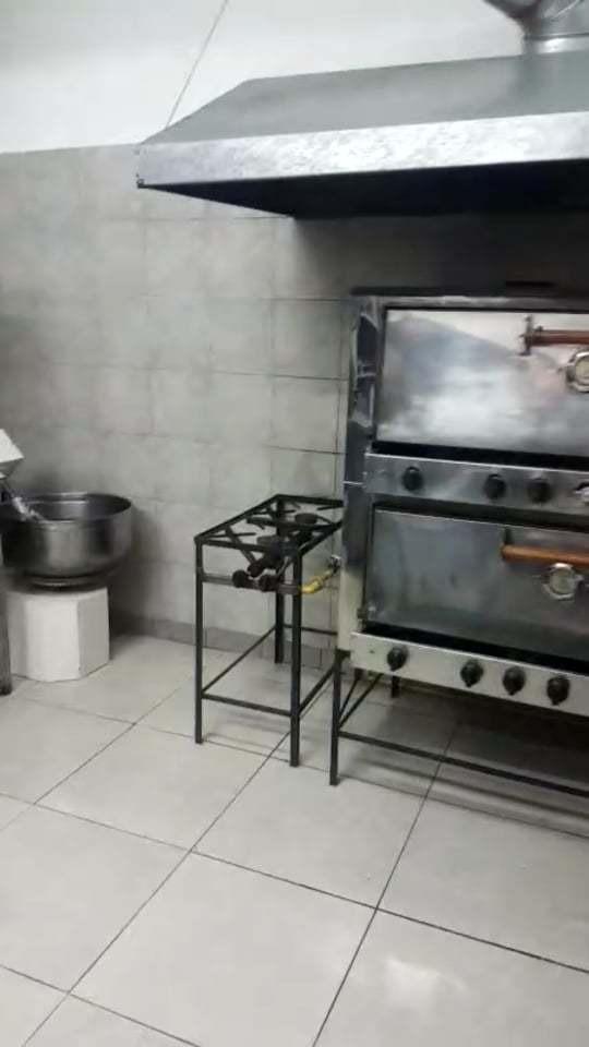 fondo de comercio de pizzeria y rotiseria en villa urquiza