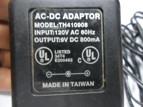 fonte  9v 800ma plug p4 mini compatível com diversos modelo
