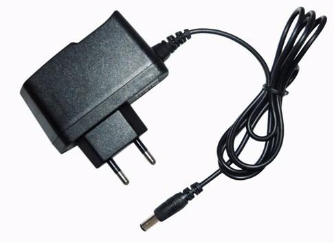 fonte p/ modem, roteador, cftv, brinquedos, 5v 1.2a plug p4