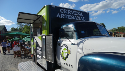 food truck cervecero - chevrolet sapo año 1947