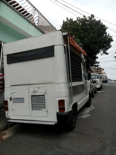 food truck - chevrolet trafic