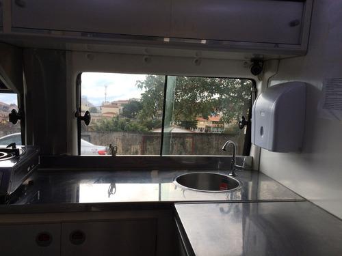 food truck  com sistema de energia  solar