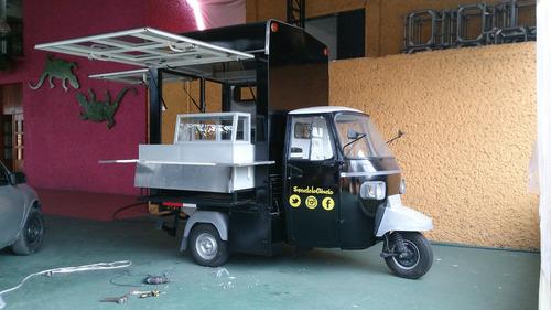 food truck motocarro piaggio con cocina integrada