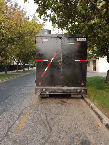 food truck negro a la venta por motivo de viaje
